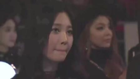 本以为是普通明星,没想到却是中国顶级歌手,韩国美女都看懵了!