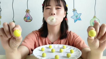 """美食拆箱,吃""""创意网球泡泡糖"""",造型有趣甜甜的吹起泡泡超开心"""