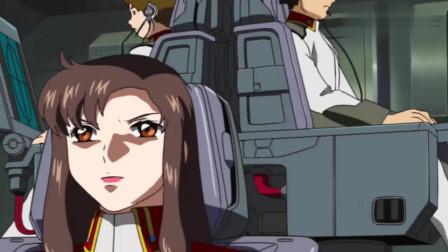 """机动战士高达:这也太可怕了,""""强盾高达""""都用到实战了!"""