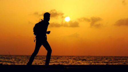 我不敢休息,因为我没有存款,我不敢说累,因为我没有成就!