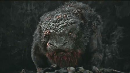 小萌犬变异成巨型怪兽,怪物到处传播病毒