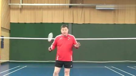 羽毛球:网前扑球时,非持拍手如何保持平衡,一样重要!