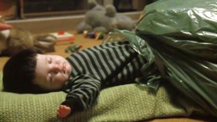 小男孩刚出生就被当成怪物,因为他有一种超能力,没有人能受得了
