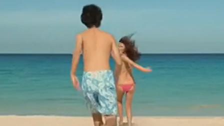 太刺激了!小哥带美女到海边放飞自我