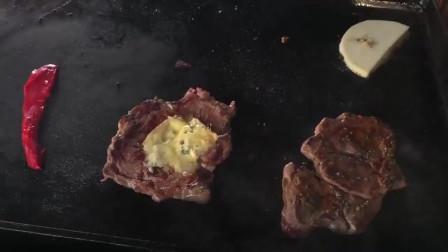 伦敦街头最好吃的烤芝士三明治,面包劲道牛排鲜嫩,再配上芝士,非常的好吃