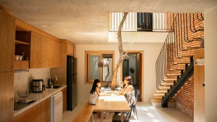 单亲妈妈在100㎡别墅里造独立小房,把家一分为二,邀陌生人共享