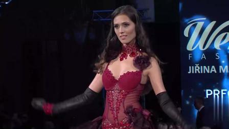 巴黎国际时装周新品内衣秀,美女造型成熟,性感妩媚!