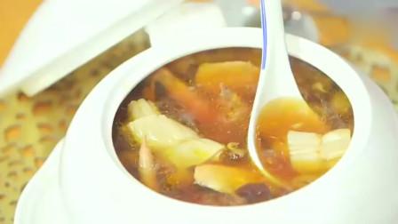 顺德美食:杞子圆肉红枣老鸡炖花胶汤,女孩子吃最滋补了