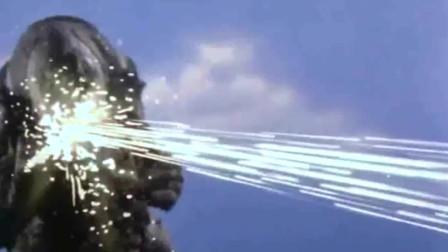 被怪兽光线闪瞎的初代奥特曼,又被人类的发射炮闪复明了