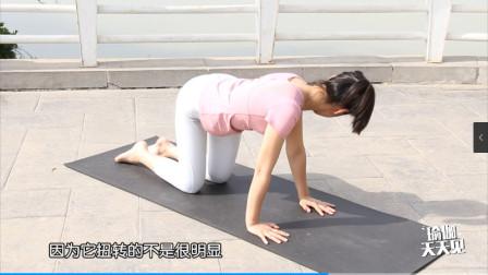 一组身体不动光头动的动作就能很好的排除产后孕妇的恶露