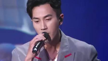 刘恺威演唱《慢慢》,开口脆的嗓子,不继续当歌手可惜了