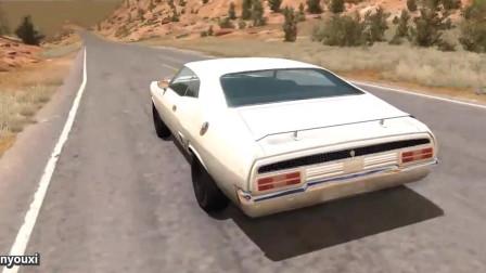 车祸模拟器:高速行驶的汽车撞上山头直接飞落山崖,车体报废!