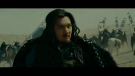 项羽刘邦联手率领义军攻打秦军,战斗场面十分恢宏壮观