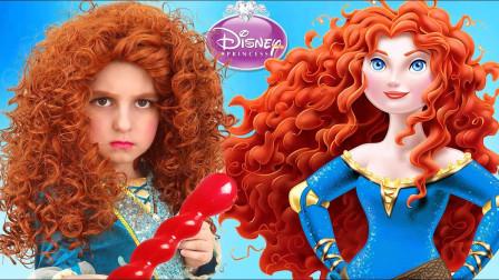 国外小女孩仿妆童话公主,将自己美妆打扮成了梅莉达