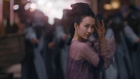 苏尚宫逛庙会察觉不对,立马把镯子往手上一套,敌人瞬间被秒杀!
