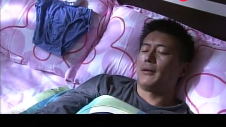 离婚女人:小三睡在床上搔首弄姿,却意外遭男人嫌弃