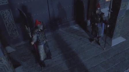 李世民寝食难安,尉迟恭与秦琼门外站岗,两人终成门神
