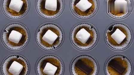 巧克力棉花糖,做的纸杯蛋糕,绝配,太好吃了!