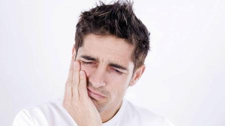 """三叉神经疼痛难忍,如何缓解疼痛?""""卡马西平""""了解一下"""