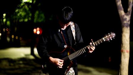 西安音乐人网红城墙下即兴指弹吉他,你有freestyle吗?