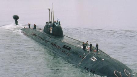 一艘不明潜艇被逼出,俄军宣告大获成功,美军呼吁快快停手