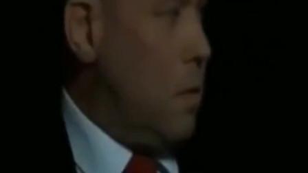 丁俊晖做出超难斯诺克,奥沙利文头疼,裁判连跟着头疼了