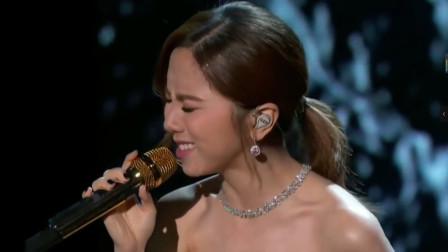 唱响海外的3首中文歌曲,周杰伦邓紫棋播放过1.5亿,薛之谦上榜