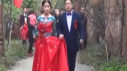 河南济源农村婚礼,新娘长的好漂亮,两人身材都好高挑