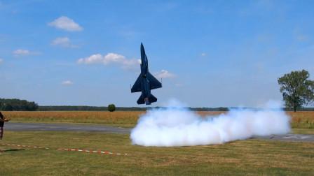 不多见的RC涡轮机模型飞行,垂直悬停太霸气了,一般人真玩不了