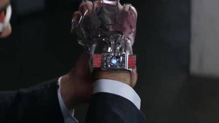 钢铁侠只变身一只手,一顿操作,被敌人虐的太惨了!