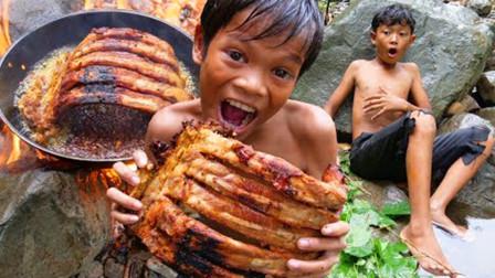 这才是排骨最过瘾的吃法,简直看饿了!