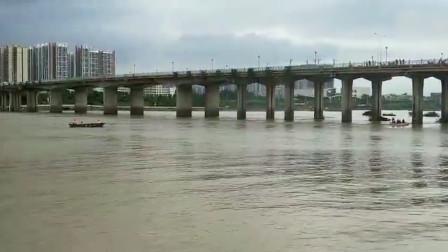 广东东源渔船侧翻  3人落水1人死亡