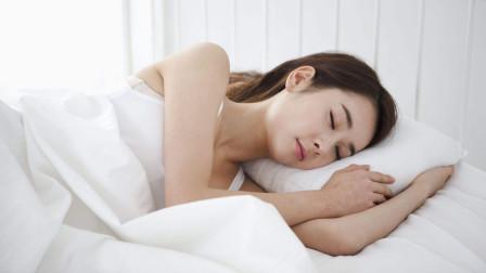 剖腹产后,睡姿很重要!这样睡或许能帮宝妈更好的排出恶露