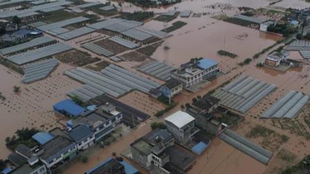 四川丹棱暴雨致农田民房被淹 7万余人受灾