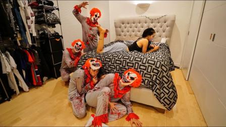 作死小伙半夜遛进女友家全家扮小丑吓唬女友网友自求多福吧