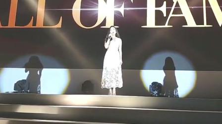 这位菲律宾的歌手还有传言要上中国的《歌手》?一听现场果然够格
