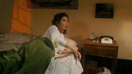 鬼新娘:周润发把钟楚红摁在墙上就是亲