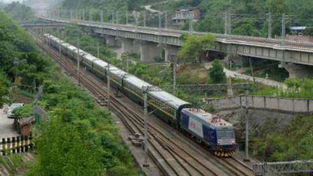 Z95次列车39人食物中毒送医 中国铁路:警方已介入