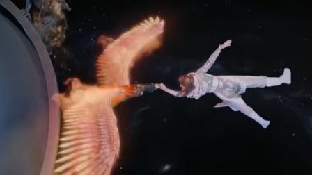 儿子跳星海拯救苍生,关键时刻母亲记忆觉醒,唤出真凤之身相救