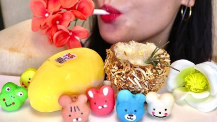 美女吃超流行甜点,马卡龙超可爱,慕斯蛋糕造型奇特!