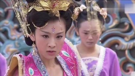 薛平贵与王宝钏: 愈妃担心婢女道出她害刘妃的事情 上来就一巴掌