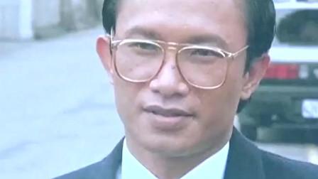 曾经的江湖大哥 现在沦为罪犯 在监狱中受苦!
