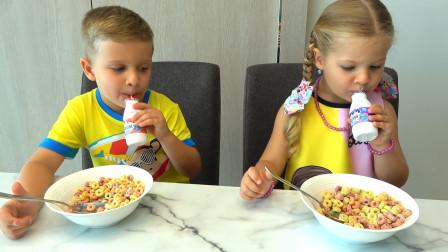 萌娃小萝莉和哥哥吃的甜甜圈,太好吃啦!