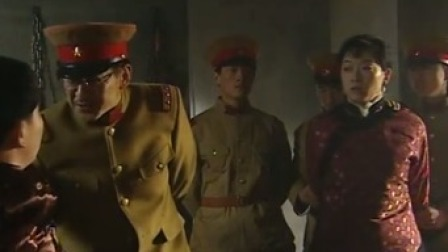 日本人无耻!小伙家里闯入日本人,竟眼睁睁看着媳妇被羞辱
