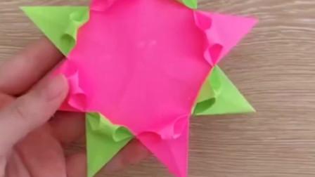 手工折纸——蛋糕,有朋友生日就可以送一个给他啦