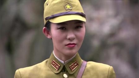 铁血使命:盐帮老大为了救人,和日本女军官比胆量,这一锤子下来谁能躲开啊