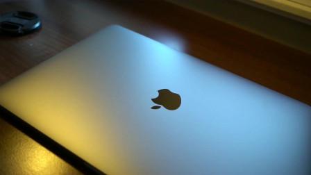 性价比最高!最新苹果入门款 1.4GHz MacBook Pro快速开箱体验