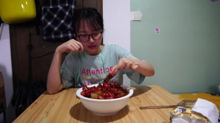 小赵说美食:现在就来享受美食吧!