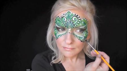 国外时尚美妆:女子万圣节面具妆容,手法高超画的跟真的一样