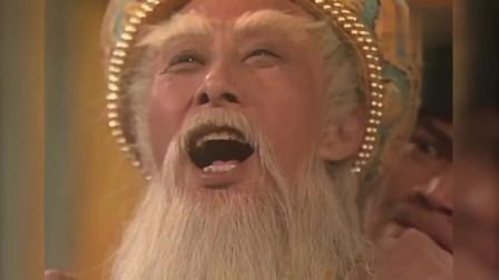 皇上为保命竟然钻狗洞,甄子丹也被他利用,是电视剧洪熙官的赢家
